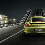 2011-Porsche-Cayman-R-green-rear