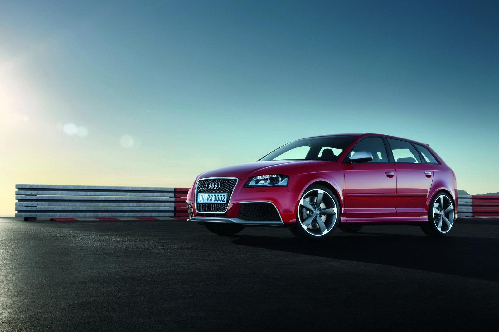 official 2011 audi rs3 sportback pictures specs and price. Black Bedroom Furniture Sets. Home Design Ideas