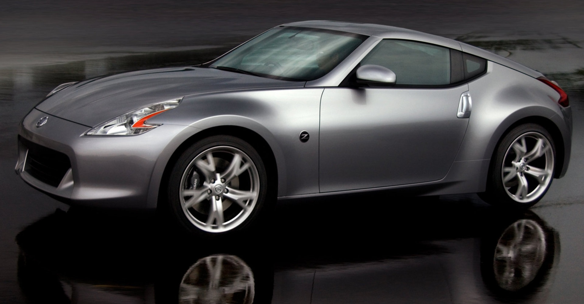 Nissan 370z The Affordable Sports Car