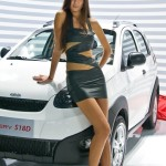 2010-Moscow-International-Auto-Show-Hot-Girls-20