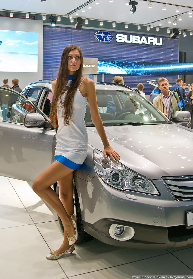 Hot Girls Of The Moscow International Automobile Show