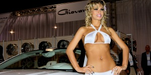 Hot Girls Of The SEMA Show