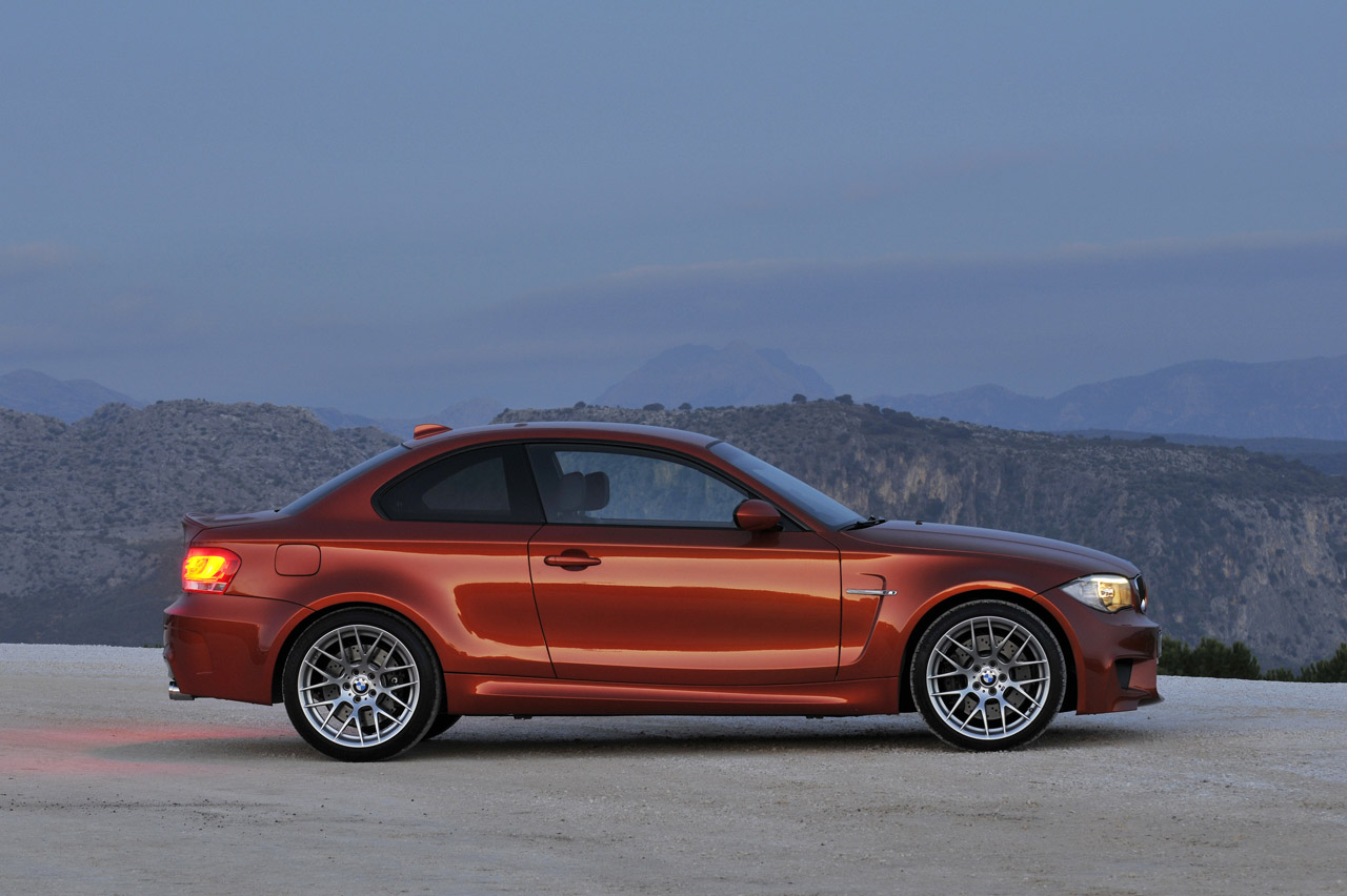 2012 bmw 1 series m coupe official specs and pictures. Black Bedroom Furniture Sets. Home Design Ideas