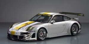 Porsche Launches The 2011 GT3 RSR Evo Race Car