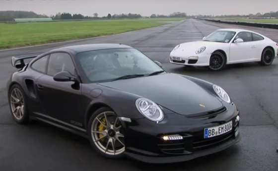 video porsche 911 gt2 rs vs porsche carrera. Black Bedroom Furniture Sets. Home Design Ideas