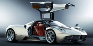 Official: Pagani Huayra Pictures Gallery