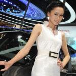 Shanghai-Auto-Show-Hot-Girls-13