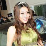 Shanghai-Auto-Show-Hot-Girls-16
