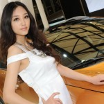 2011-Shanghai-Auto-Show-Hot-Ladies