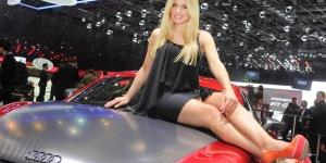 Hot Girls of the Geneva Motor Show