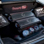 Custom 1963 Buick Riviera trunk sound system